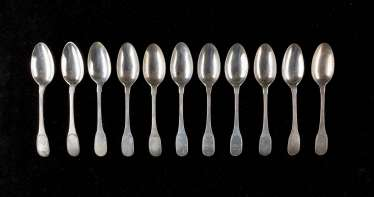 SET OF ELEVEN CLASSICAL DINING SPOONS