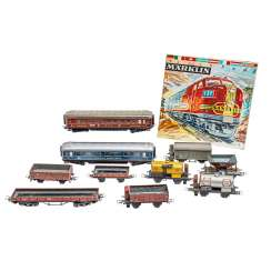 MÄRKLIN convolute of two people and eight freight wagons, gauge H0,