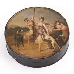 Painted lacquer box with Diana