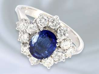 Ring: white gold, fine vintage ladies ' ring with beautiful sapphire and brilliant trim, crafted from 18K white gold