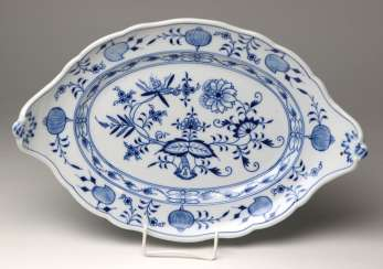 Meissen *Onion Pattern* Serving Plate Has A