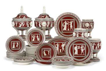 AN ITALIAN PEARLWARE IRON RED-GROUND PART DINNER SERVICE