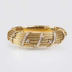 Rare Vintage Gold bangle with brilliant-trim