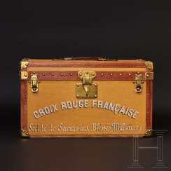 Very rare Louis Vuitton suitcase for the French Red Cross, around 1914