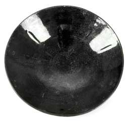 Ceramic bowl with a black luster glaze in the Song style