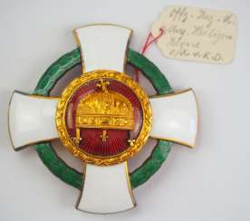 Hungary : order of merit of the Holy crown, officer's cross with war decoration.
