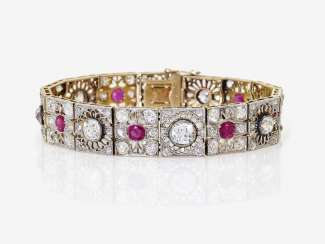 Bracelet with old European cut diamonds and rubies. Probably France, around 1910