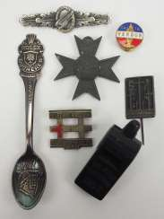 Lot badges - including paratroopers-arm 1. Model.