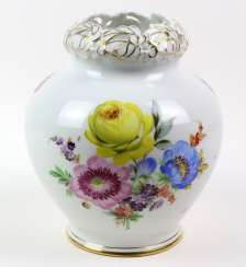 Fraureuth Vase *Flower Bouquet*
