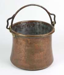 Copper handle pot