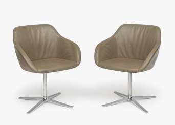 "Three ""Kyo"" swivel armchairs, Knoll International"
