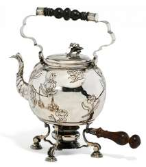 WATER KETTLE WITH FLOWER DECOR AND RECHAUD