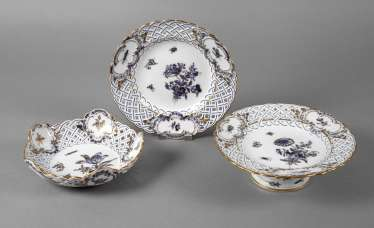 "Meissen three breakthrough parts ""blue flower with insects"""