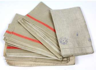 Set roll towels & linen around 1920