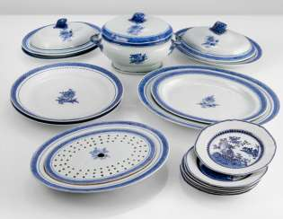 19-piece rest service from porcelain
