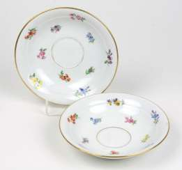 Meissen, 2 Saucers *Scattered Flowers*