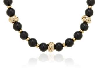 ONYX AND GOLD NECKLACE