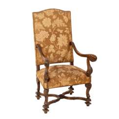 ARMCHAIR IN BAROQUE STYLE