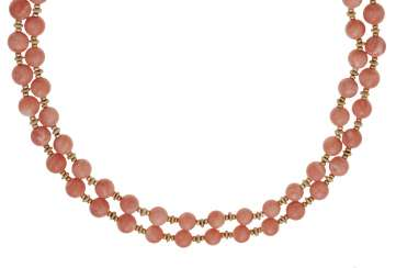 VAN CLEEF & ARPELS CORAL AND GOLD NECKLACE
