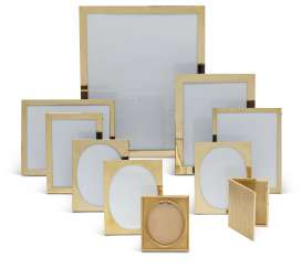A GROUP OF TEN GOLD PICTURE FRAMES