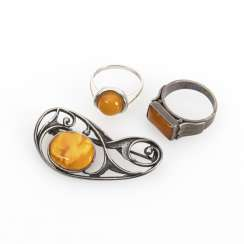 Amber brooch and 2 rings
