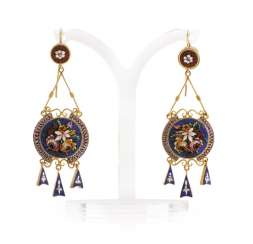 Pair of earrings with micro mosaics