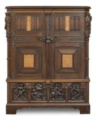 Cabinet Cabinet in the Gothic style