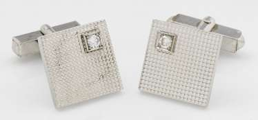 Pair of elegant cufflinks with brilliant-Solitary