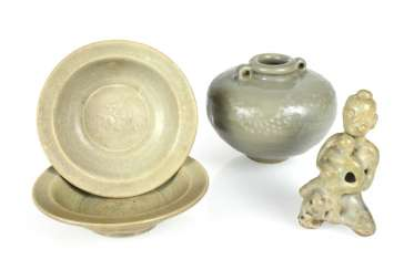 Two small bowls, a Ösentopf and a figure with celadon glaze