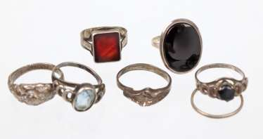 7 antique silver rings
