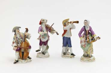 Four Meissen musicians based on models by JJ KÄNDER and FE Meyer