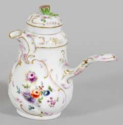 Chocolate pot with floral decoration
