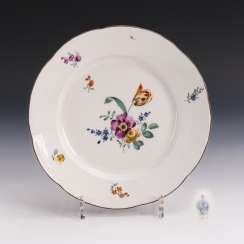 Baroque plate with flower painting