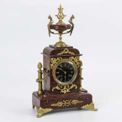 Red marble mantel clock