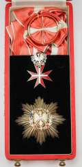 Austria: decoration of honour for services to the Republic of Austria, 2. Model (since 1952), Large Silver medal, in a case.