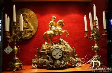 Mantel clock 19th century