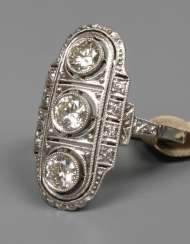 Ladies ring with brilliants of approximately 1,3 ct