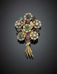 Bi-coloured chiselled gold posy brooch with old mine diamonds