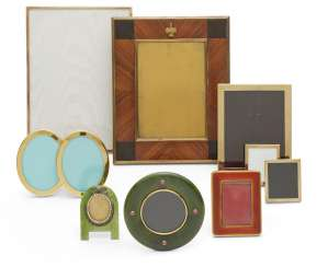 A GROUP OF TEN PICTURE FRAMES