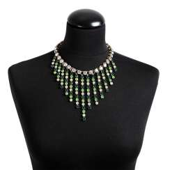LES DORISS GIRLS necklace 20. Century