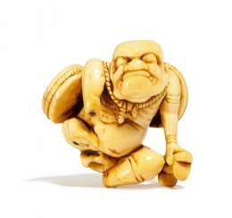 Unusual and rare Netsuke: The fallen from the sky God of thunder