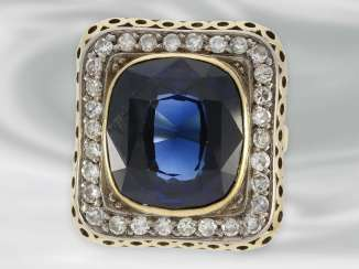 Ring: large decorative Ring with diamond and blue color stone, 14K Gold, possibly Dating from the Art Deco