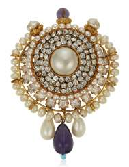 CHANEL FAUX PEARL, RHINESTONE AND GLASS PENDANT BROOCH