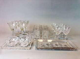 Great Post Crystal: 6 + 6 Wine Glasses, Water Glasses, Beer Glasses, Trays. Ges. 22 piece very good condition.