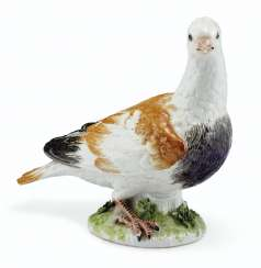 A MEISSEN PORCELAIN MODEL OF A PIGEON