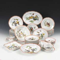 Dining service with bird painting Meissen