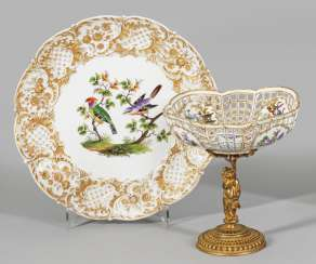 Attachment bowl and splendid plate with bird decor