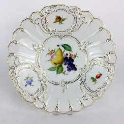 Ceremonial Plate Meissen Porcelain: Decor Fruit Painting: Pear, Grapes, Rosehip, Gold Edge, 1. Choice, very good, very rare
