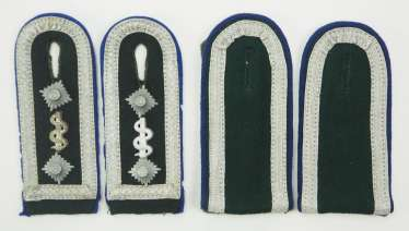 Wehrmacht: Pair of shoulder boards from a sergeant major / NCO of the medical force.