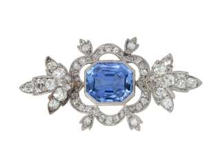 EARLY 19TH CENTURY SAPPHIRE AND DIAMOND BROOCH